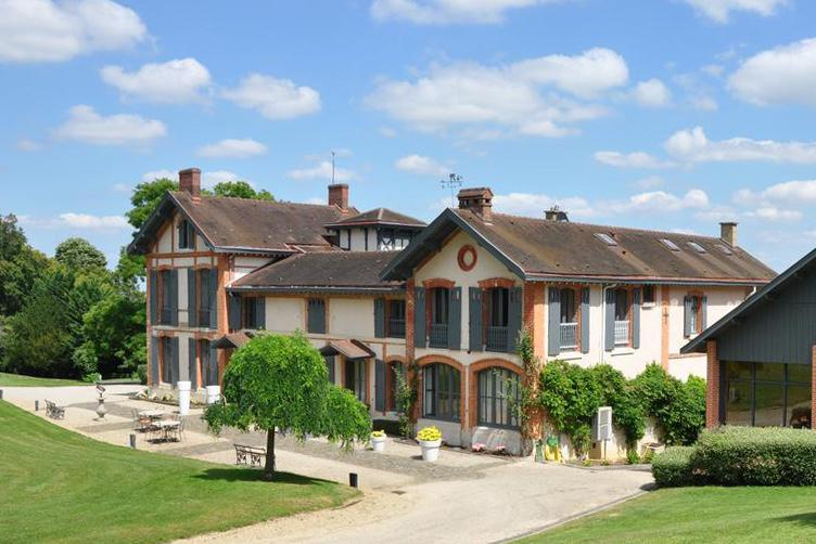 Acquisition<br><b>La Maison de Champagne Palmer & Co acquiert le Domaine du Chalet</b>